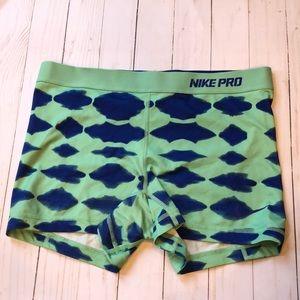 Nike Pro- dri-fit - spandex shorts
